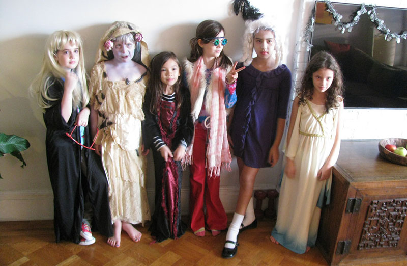 Kids' Easy Costumes and Costume Make-Up