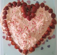 HEART SHAPED VALENTINE CAKE